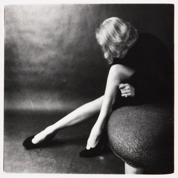 beautifull blond legs black and white