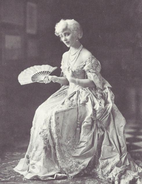 James Abbe - Yvonne Printemps in Mozart Sacha Guitry, 1927