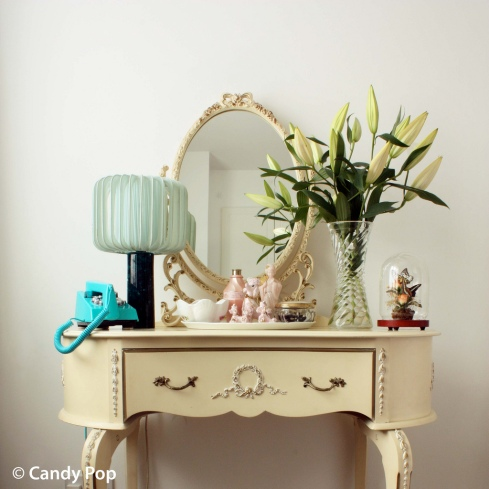 candy pop dressing table