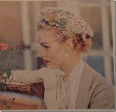 Ladie's Home Journal March 1952, vintage fashion scan 4_thumb[1]