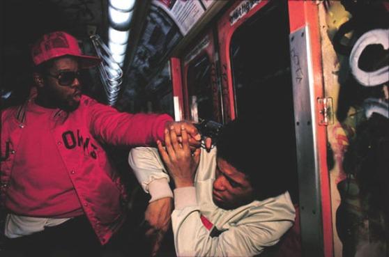 bruce-davidson-subway