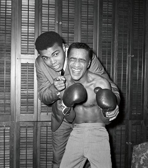 Muhammad-Ali-and-Sammy-Davis-.Jr_